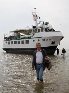 Umweltminister Wenzel vor der WEGA II © Mellumrat/Behrends