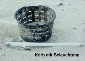 "Postkarte ""Korb mit Beleuchtung"" © T. Clemens"