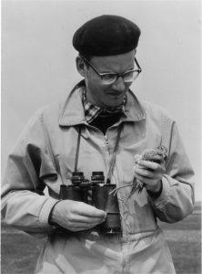 Gerhard Grosskopf bei der Rotschenkelberingung auf Wangerooge in den 50er Jahren