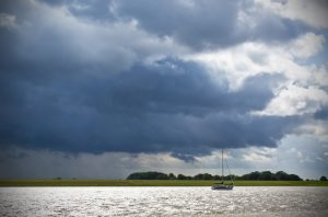 Sailing_stormy_waters_Bert Kaufmann_Roermond_ Netherlands CC BY 2.0